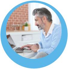 E-Mail-Abruf am Laptop